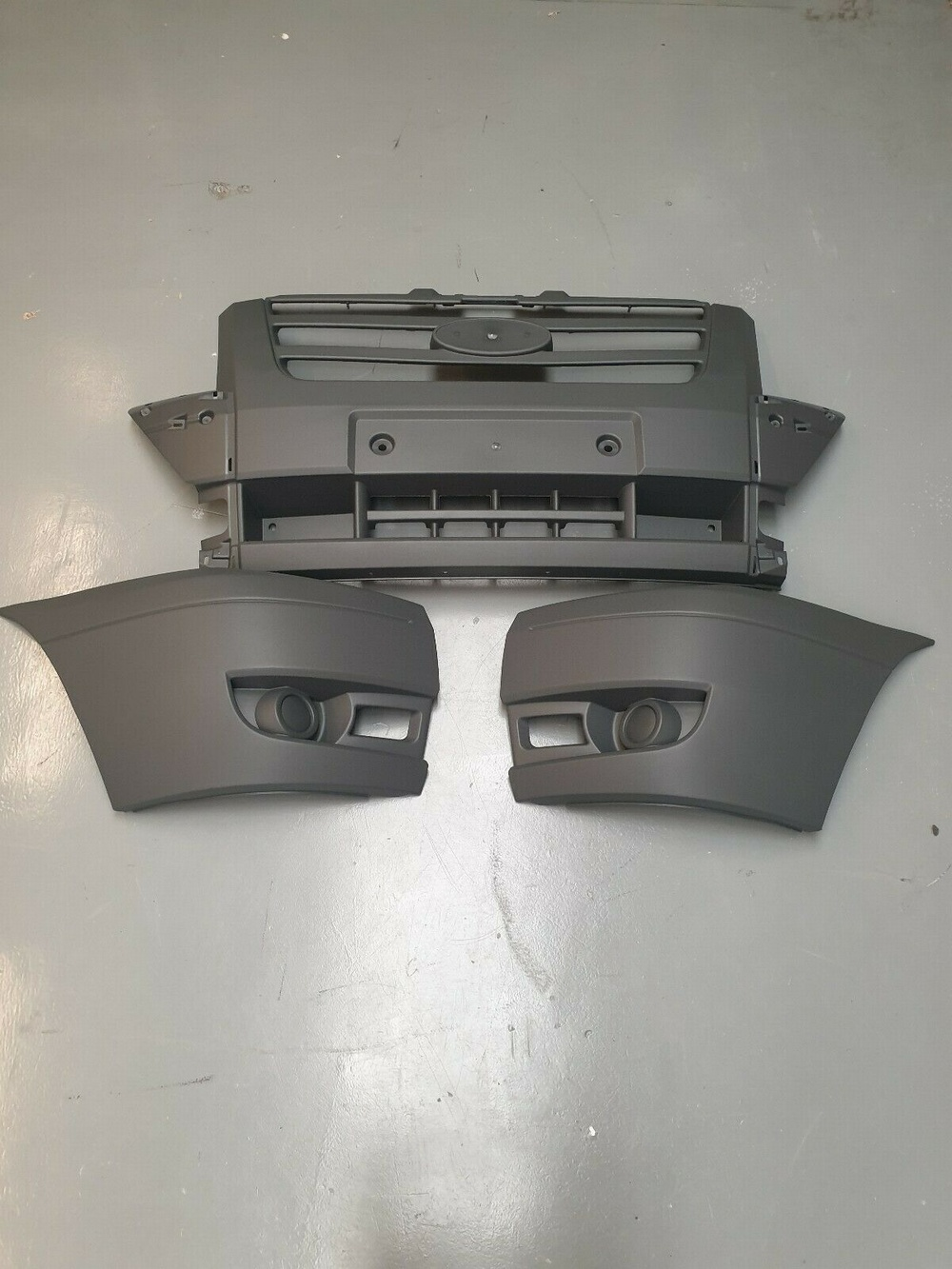 FORD TRANSIT MK7 NEW FRONT BUMPER 2006 - 2014 COMPLETE 3 SECTIONS