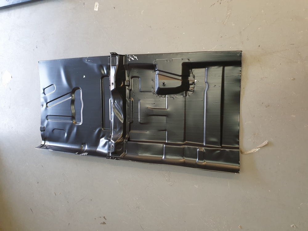 FORD ESCORT MK5 MK6 NEW OS RIGHT HAND FLOOR PANEL